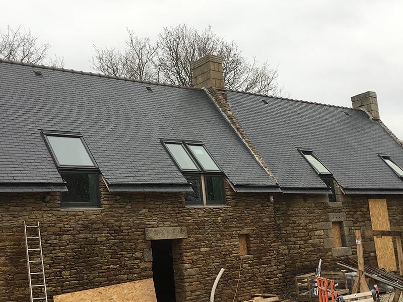 Rénovation toiture avec pose de velux VFE face