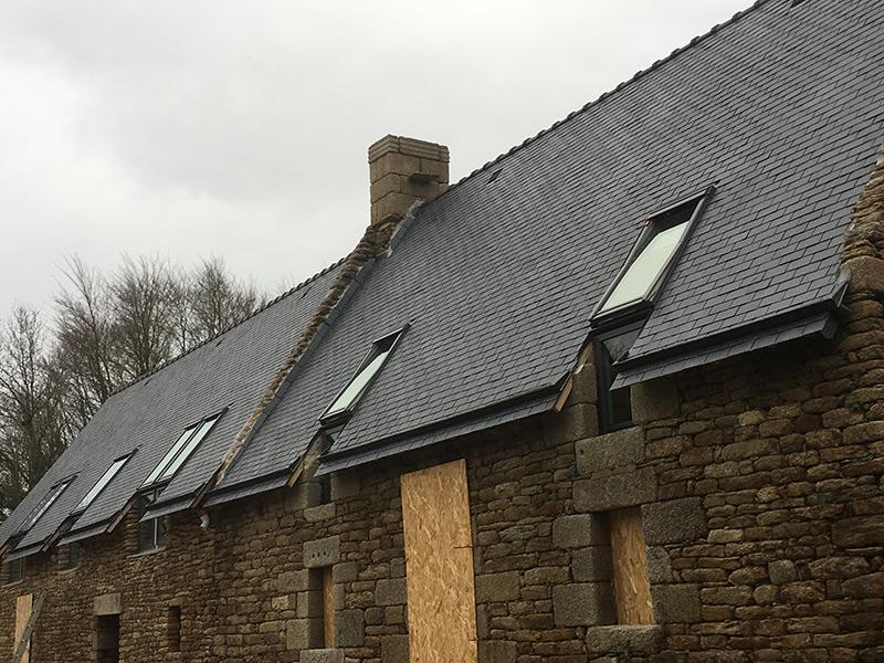 Rénovation toiture avec pose de velux VFE profil